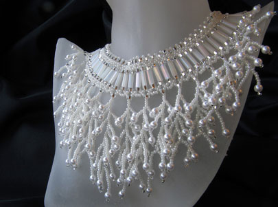 Twig Pearl Cascade fit for a bride