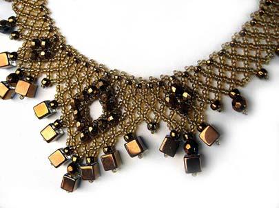 Scythian Gold 'V' Jewel Necklace detail 1