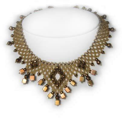 Scythian Gold 'V' Jewel Necklace detail 2